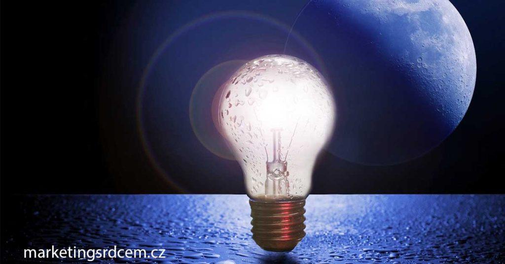 Rozsvícená žárovka značí, že dostat nápad není zase tak složité